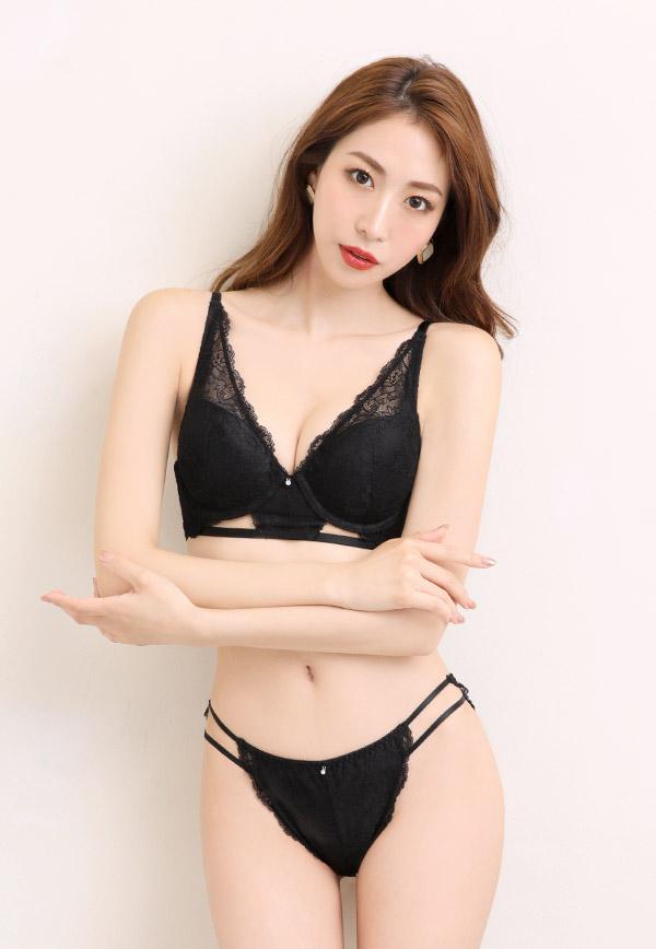 523513_model
